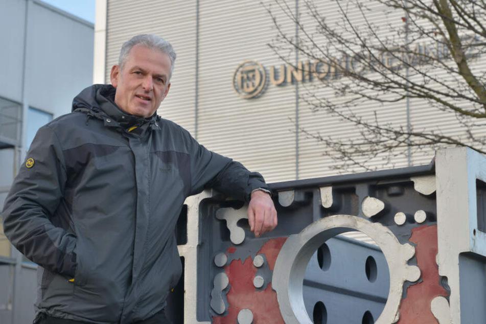 Dieses Werkstück haben Maschinen gemacht, die er konstruiert hatte: Volker Schiedung (60) bekam jetzt die Kündigung.