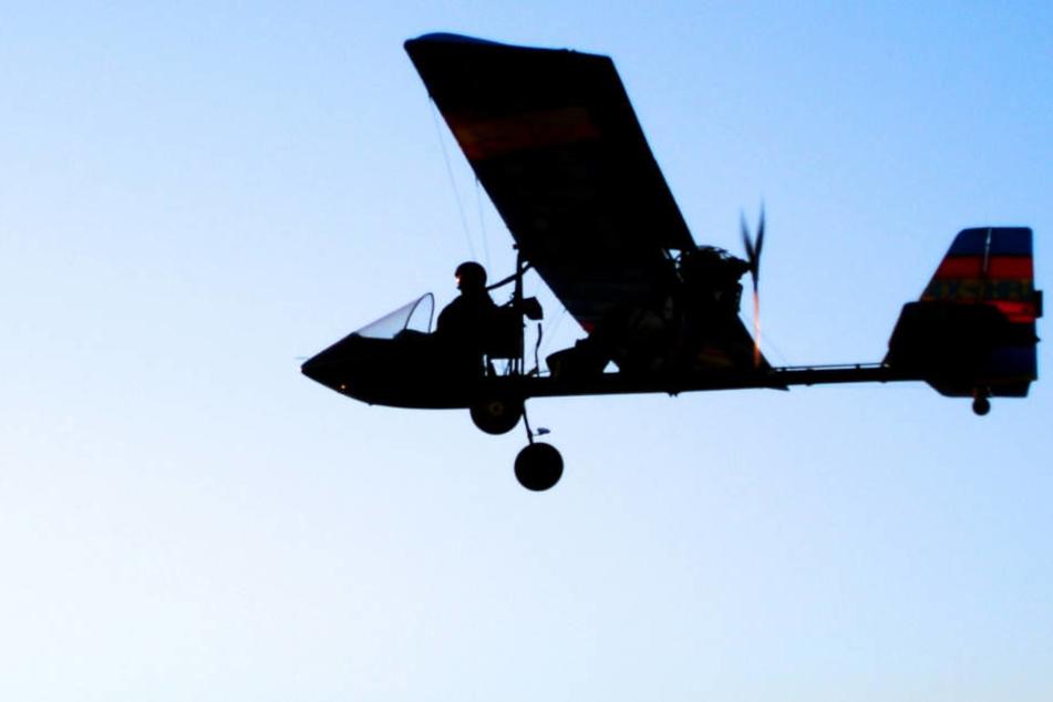Nachdem der Flieger von der Windböe erfasst worden war, verlor er Teile und stürzte ab (Symbolbild).
