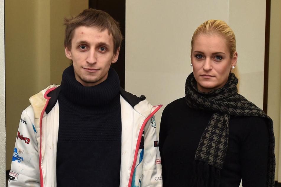 Andre G. (24) erstritt sich bei Gericht ein Schuldeingeständnis von seiner  Mutter und deren Lebensgefährten, unterstützt wurde er von seiner Schwester Sandra S. (29).