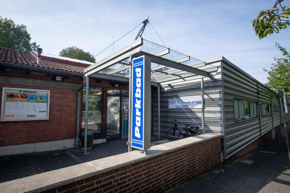 Der kuriose Polizei-Einsatz ereignete sich im Parkbad in Velbert.