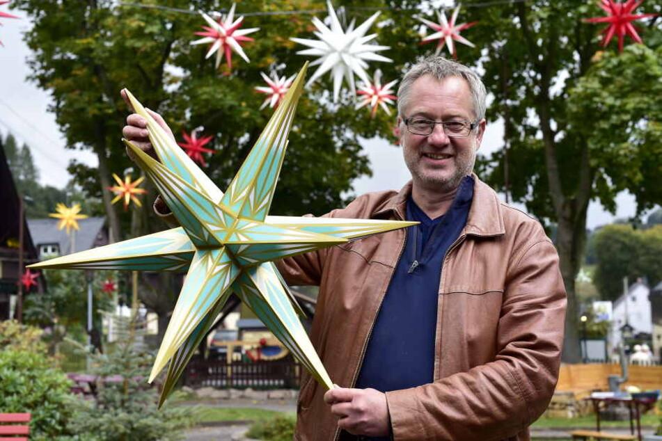 Tino Günther ist Organisator des Seiffener Sternenmarktes.