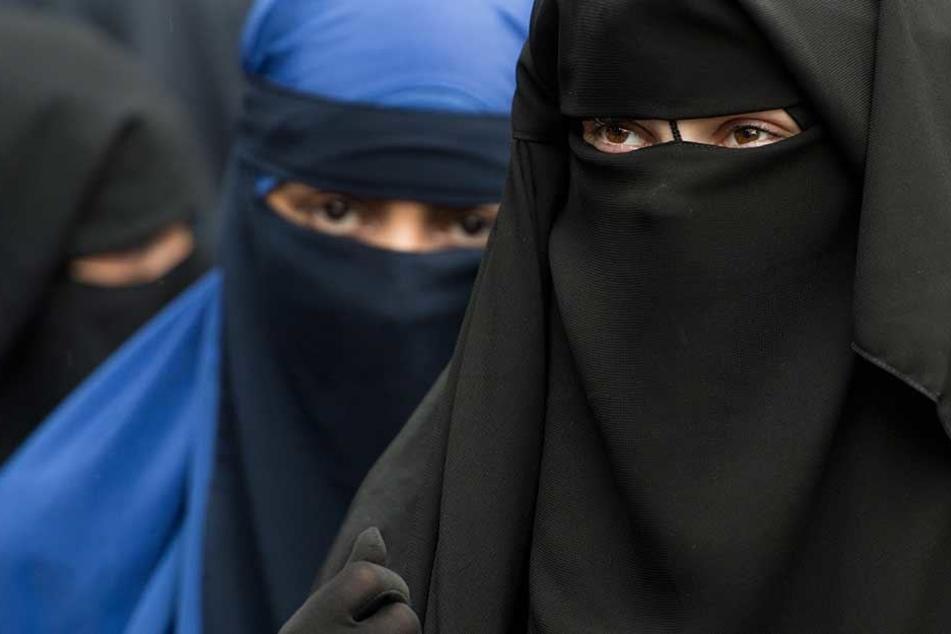 Immer mehr islamistische Frauen radikalisieren sich derart, dass sie bereit sind, Terroranschläe zu verüben.