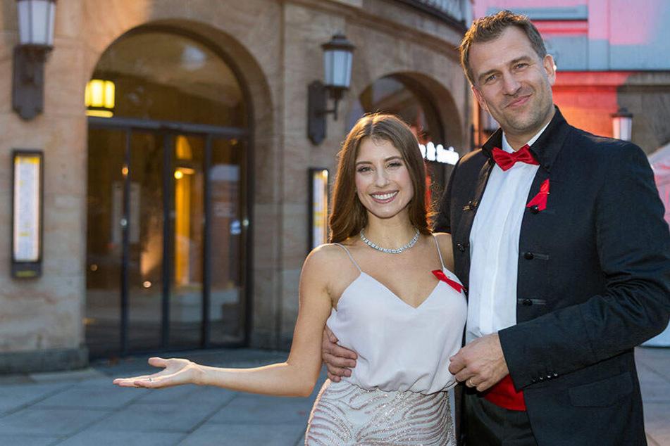 """Cathy Hummels (31) moderierte 2018 mit René Kindermann (43) die """"Hope-Gala"""" im Schauspielhaus."""