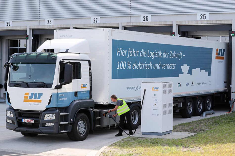 So sehen sie aus, die neuen Elektro-Lkws, die bald vielleicht in ganz Deutschland unterwegs sein werden.