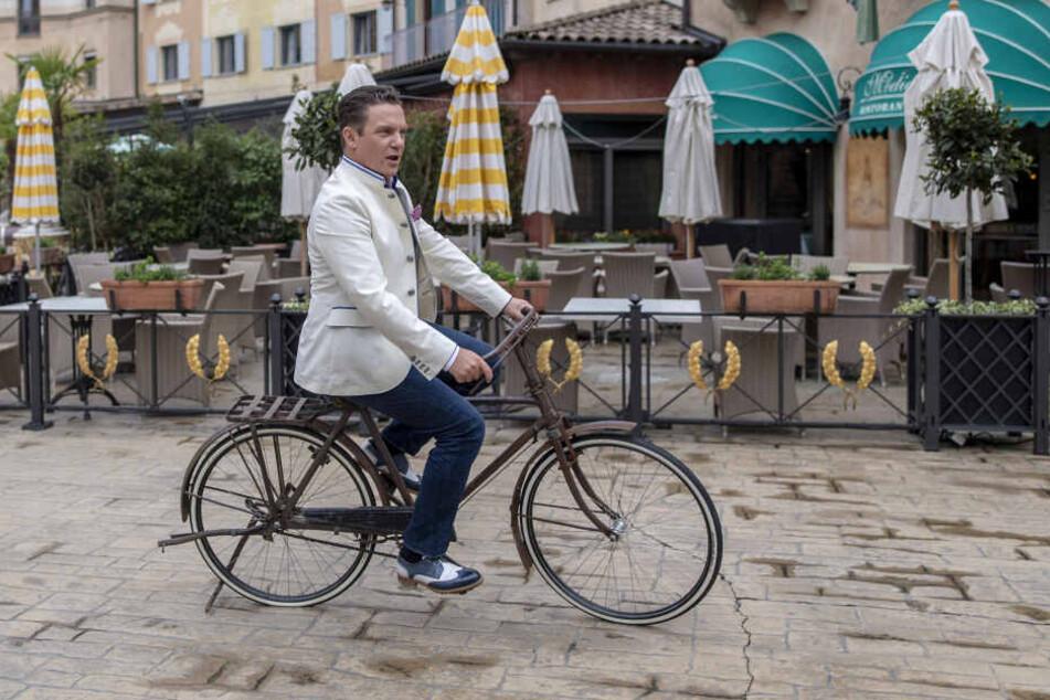 """Stefan Mross morderiert die ARD- Unterhaltungsshow """"Immer wieder sonntags"""" seit 2005."""
