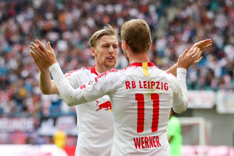 Brachten die Bullen mit einer Traumkombi kurz vor der Halbzeit in Front: Vorlagengeber Emil Forsberg (hinten) und Torschütze Timo Werner.