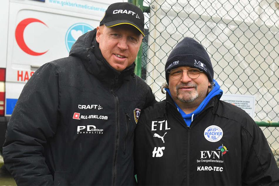 Maik Walpurgis (l.) und die Dynamos bekamen Besuch von Heiko Scholz, jetzt Trainer bei Regionalligist Wacker Nordhausen.