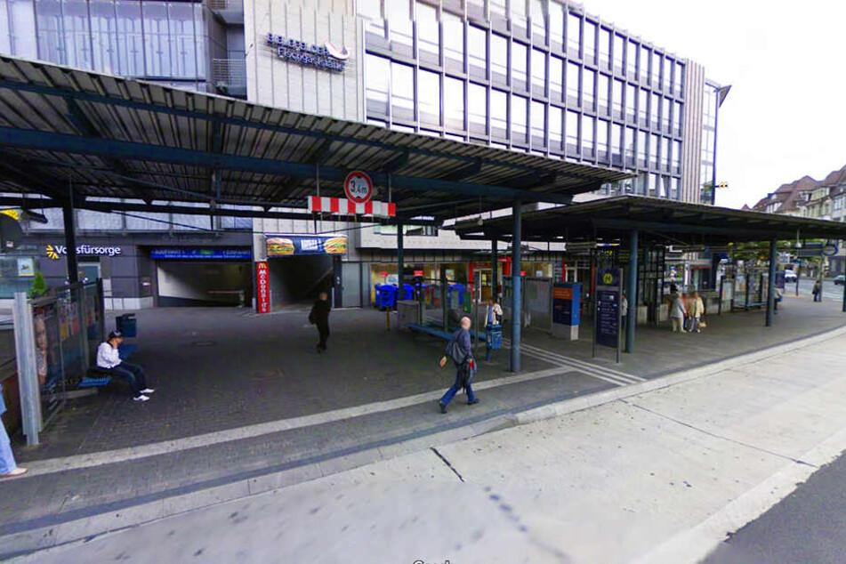 Zwischen McDonald's und dem ehemaligen Skala-Kino fand der Angriff statt.
