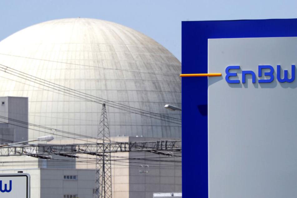 Energieversorger EnBW teilte mit, dass eine undichte Stelle im Atomkraftwerk Philippsburg untersucht werden müsse. (Symbolbild)
