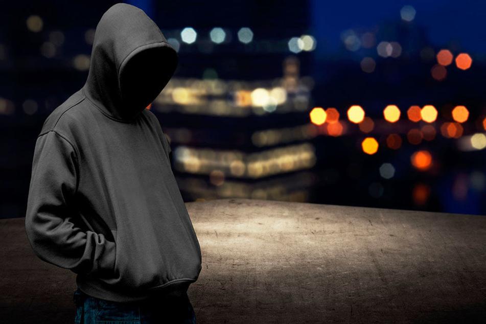 Ein 15-jähriger Teenager ist bewaffnet durch einen Ort in der Oberlausitz gelaufen.
