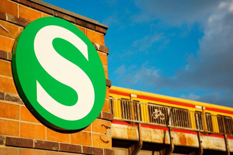 Für mehr als eine Stunde war der S-Bahnverkehr teilweise lahm gelegt (Symbolfoto).