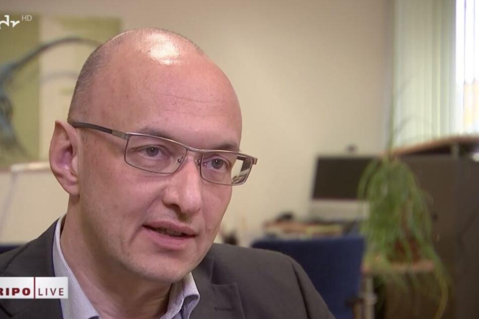 Kriminaldirektor Dirk Münster ist sicher, dass der Tatzeitpunkt kein Zufall ist.