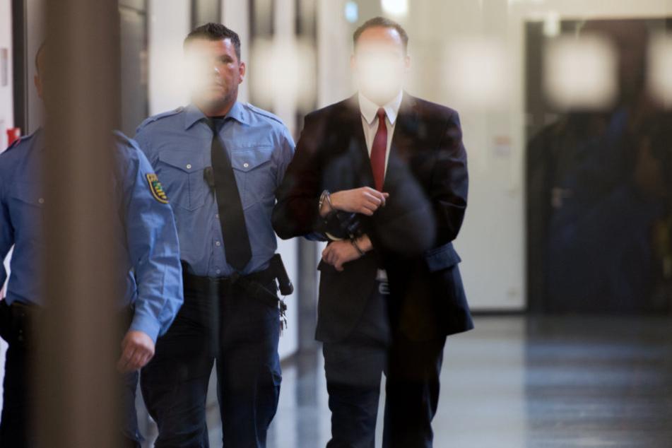 8 Mitglieder der Gruppe Freital werden jetzt angeklagt.