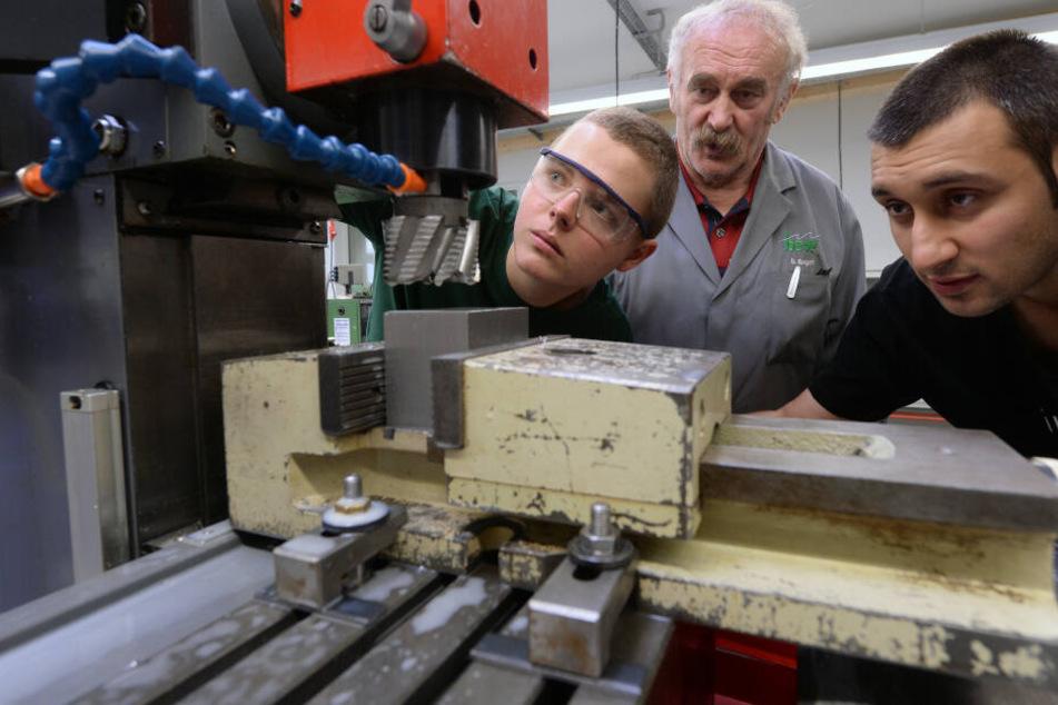 44 Prozent der ostdeutschen Maschinenbau-Unternehmen konnten in diesem Jahr nicht alle geplanten Ausbildungsplätze besetzen.