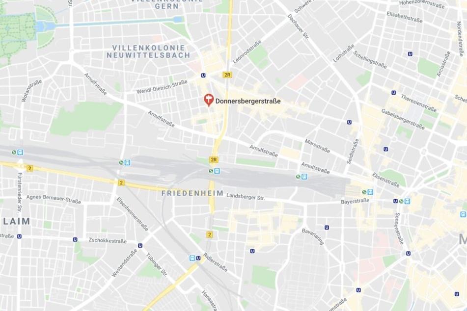 In München ist es am Sonntagabend zu einem folgenschweren Unfall gekommen.