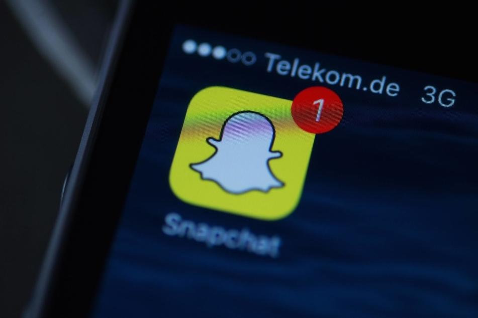 Die 23-jährige schickte ihrem Schüler Nacktfotos via Snapchat.