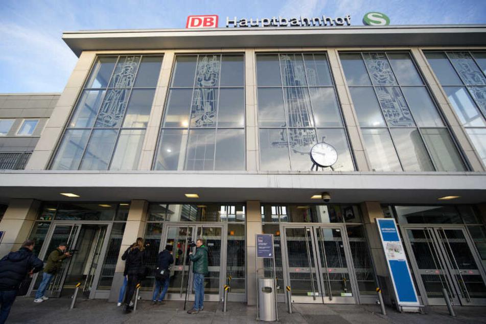Am Dortmunder Hauptbhahnhof geht es einer Umfrage zufolge nicht immer sauber zu.