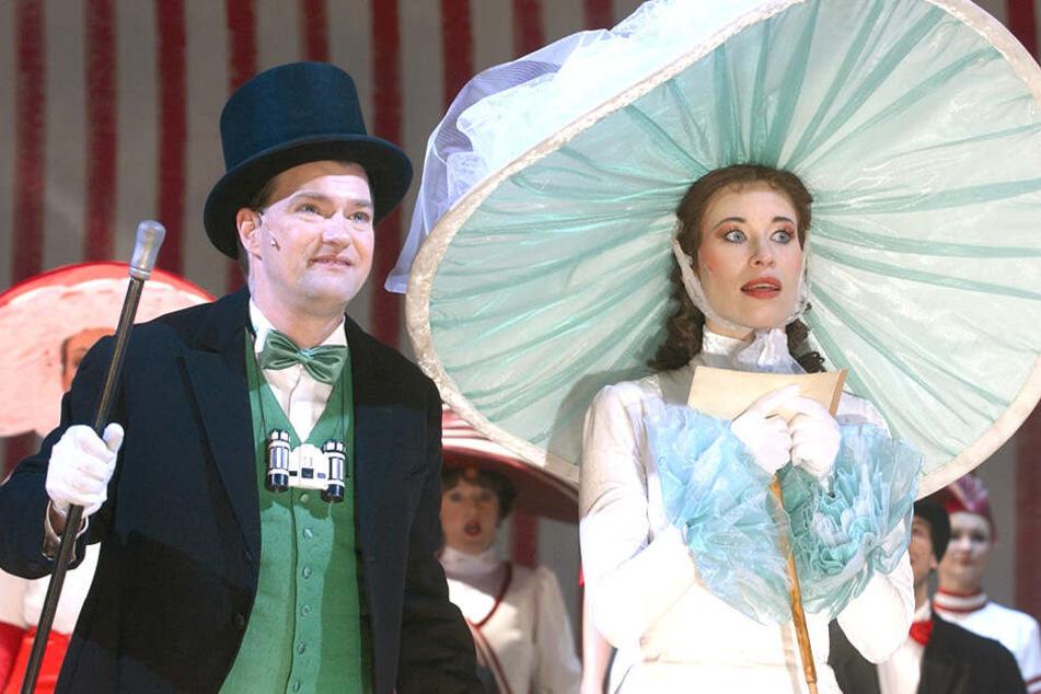 In der 2000er-Fassung des Stücks spielte Marita Böhmes Tochter Jessica Glatte die Rolle der Eliza.