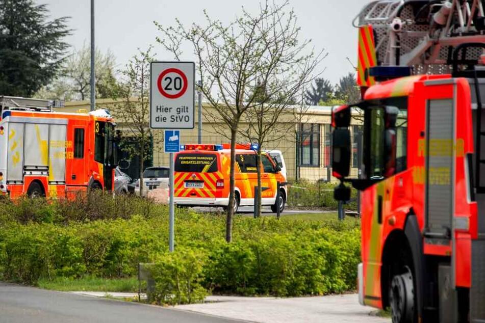 Mit einem Großaufgebot rückte die Feuerwehr zu dem Altenheim aus. (Symbolbild)