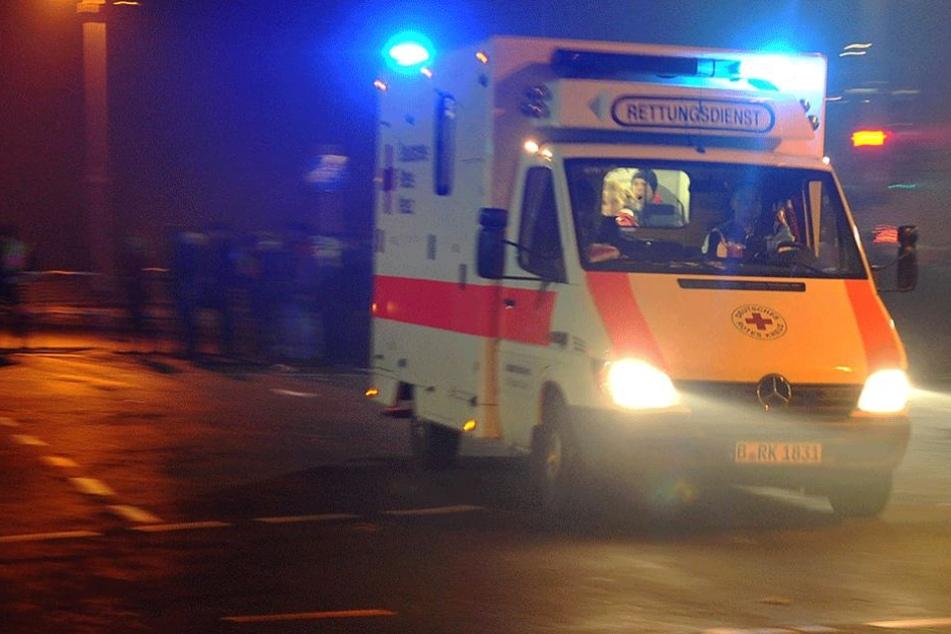 Der 73-Jährige Autofahrer wurde noch in die Klinik gebracht, wo er dann aber starb.