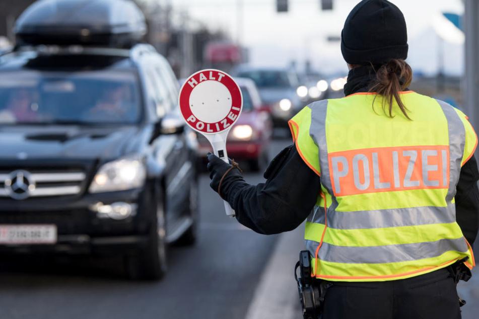 Mehr als 90.000 Verkehrsverstöße in Sachsen wurden nicht geahndet.