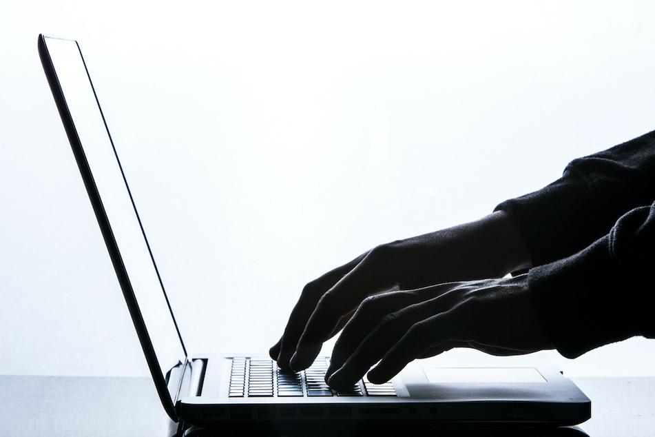 München: Vorsicht bei Mails vom Chef! So nutzen Betrüger die Corona-Krise aus