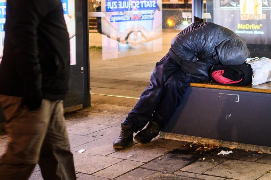 Frankfurt: Obdachlose in der Kälte: Mit zwei Sozialarbeitern auf Tour