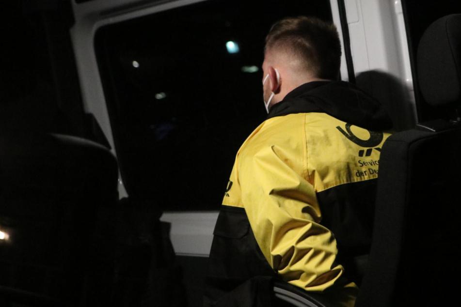In Uniform: Vermeintlicher Postbote wird zum Drogenkurier
