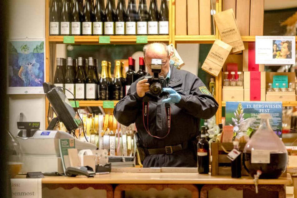 Messer-Mann überfällt Angestellte in Pirnaer Weinladen