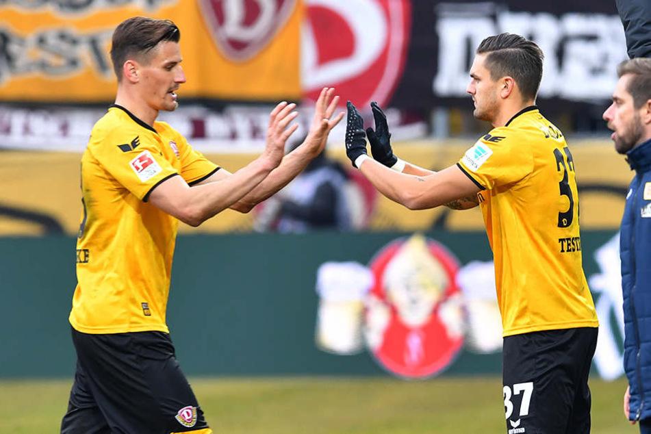 Wechselspiele: Stefan Kutschke (l.) ist weg. Jetzt soll Pascal Testroet wieder für die Dynamo-Tore sorgen.