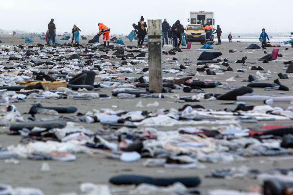 An den Nordseestränden wurde allerlei Ladung angespült.