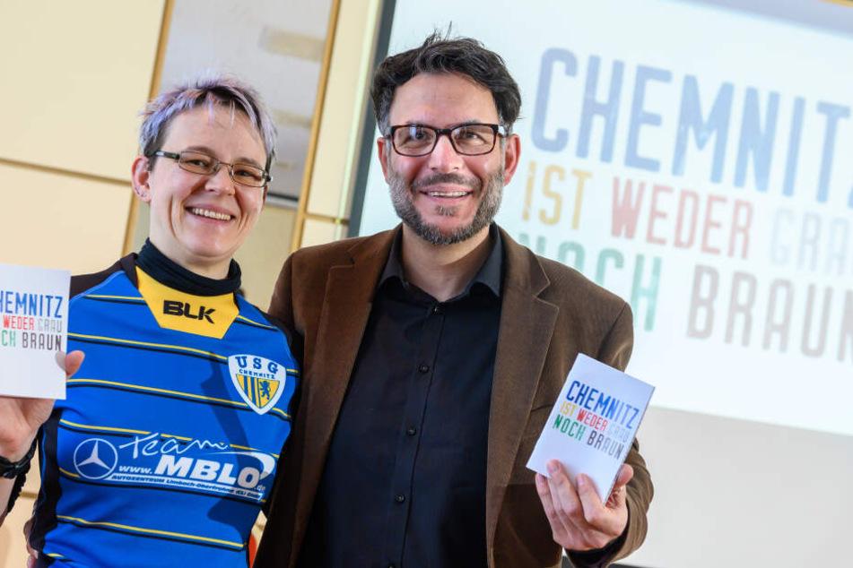 Max Schuler (44, r.) und Ines Eckardt (36) freuen sich über das Preisgeld für die USG Chemnitz.