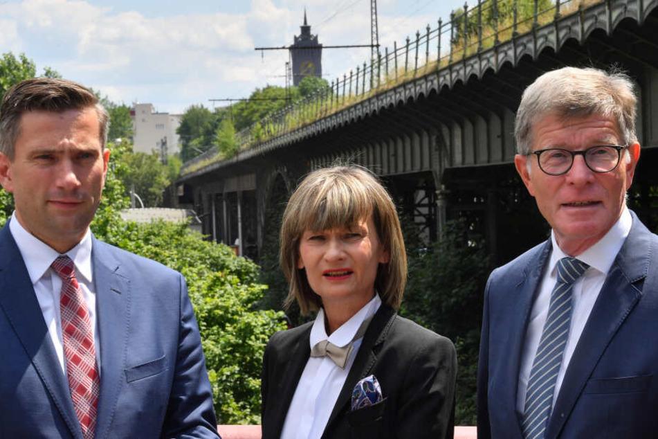 Martin Dulig (45, SPD), Barbara Ludwig (57, SPD) und Eckart Fricke stellen sich den Fragen der Chemnitzer.