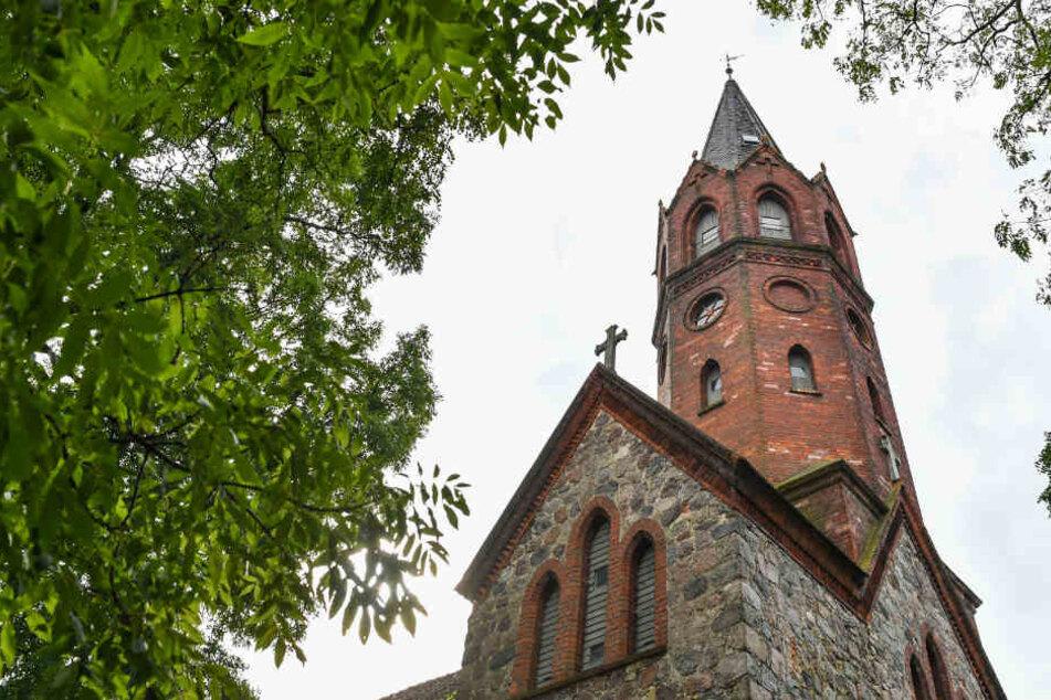 Polizei erwischt Paar bei Sex in Kirche