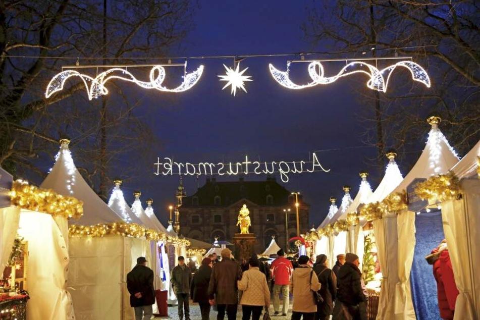 """Der Augustusmarkt wird auch der """"internationale Weihnachtsmarkt"""" genannt."""