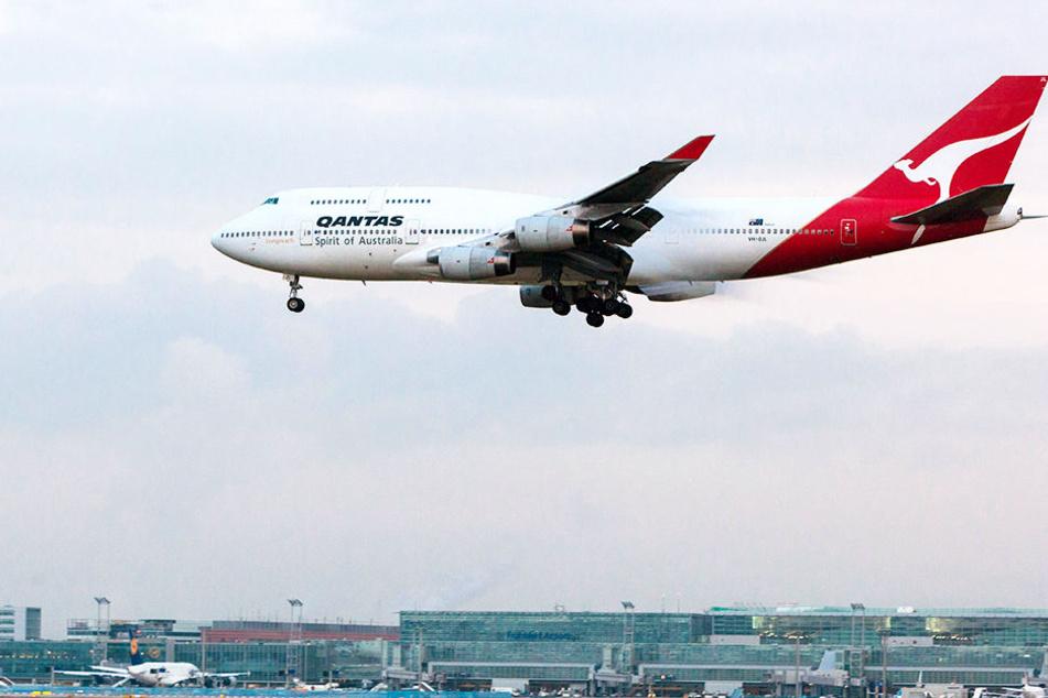 Die Boeing 747 sackte in der Luft plötzlich heftigst ab.