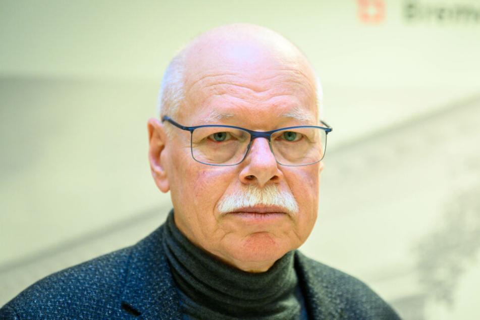 Ulrich Mäurer (SPD), Innensenator von Bremen, stellt die neuen Maßnahmen vor.