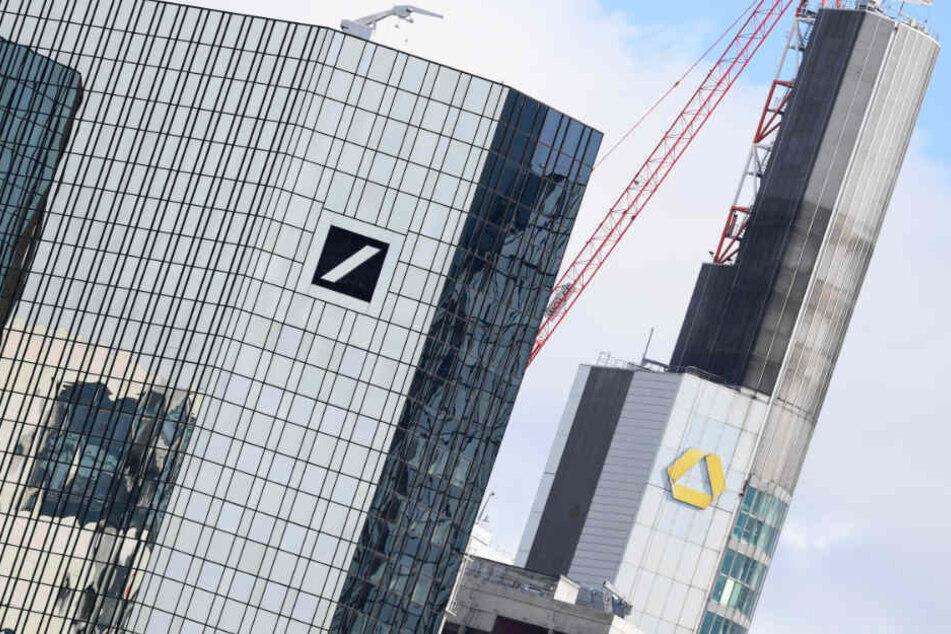 Beide Bankhäuser sind nach wie vor angeschlagen und nicht auf der Höhe.