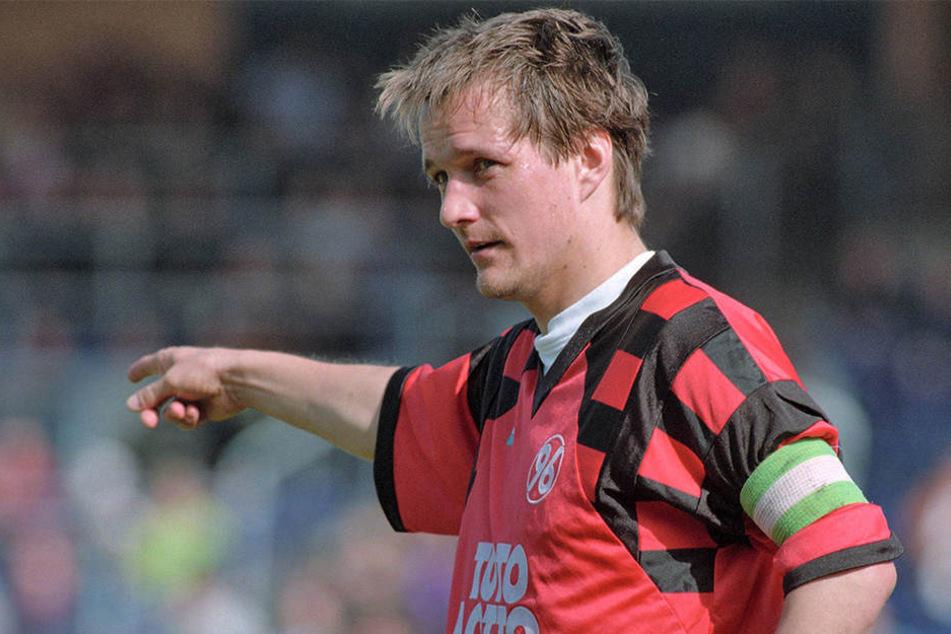 Peter Neururer machte Torsten Gütschow bei Hannover 96 zum Kapitän.