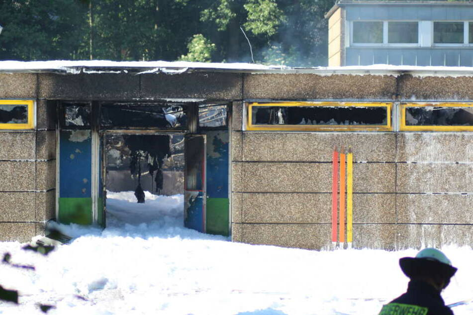 Durch den Brand entstand an der Grundschule in Erkrath ein hoher Sachschaden.