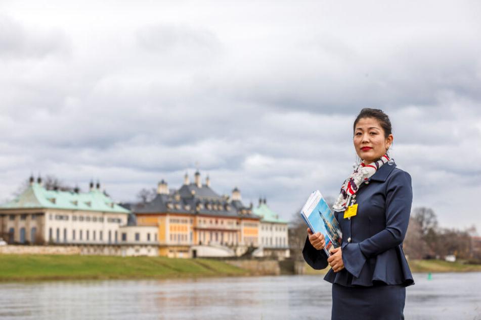 Yiwei Zhao (43) führt derzeit kaum noch chinesische Touristen durch Dresden.
