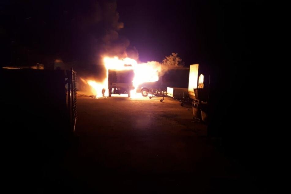 Der Staatsschutz ermittelt nach dem Feuer.