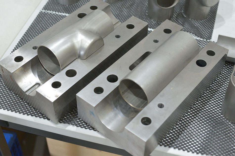 Innenhochdruckpresserzeugnisse aus dem ICM - Institut Chemnitzer Maschinen- und Anlagenbau.