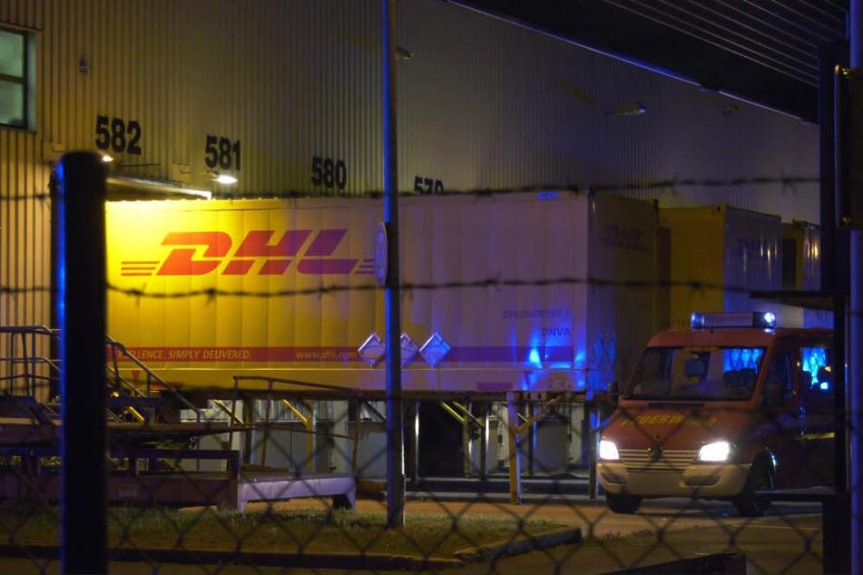 Das Foto zeigt einen Container auf dem Gelände des Paketzentrums.