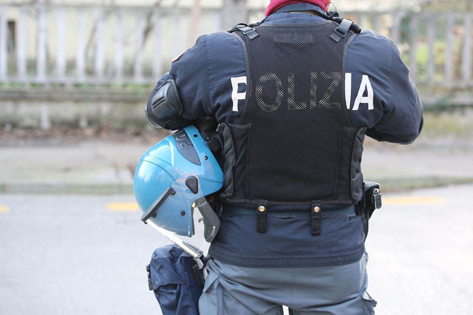 Die Polizei sperrte die Umgebung rund um den Piazza Garibaldi ab. (Symbolbild)