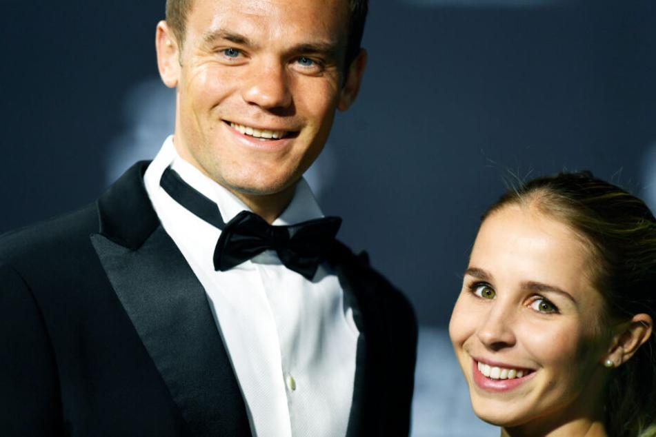 Die Ehe von Manuel Neuer und seiner Nina liegt offenbar in Trümmern. (Archivbild)
