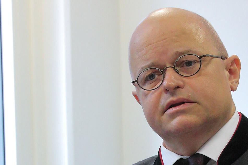 AfD-Rechtsgutachter stellt Landeswahl-Ausschuss Ultimatum