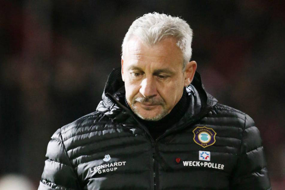 Trainer Dotchev ist derzeit vielbeschäftigt - vielleicht sogar zu viel...
