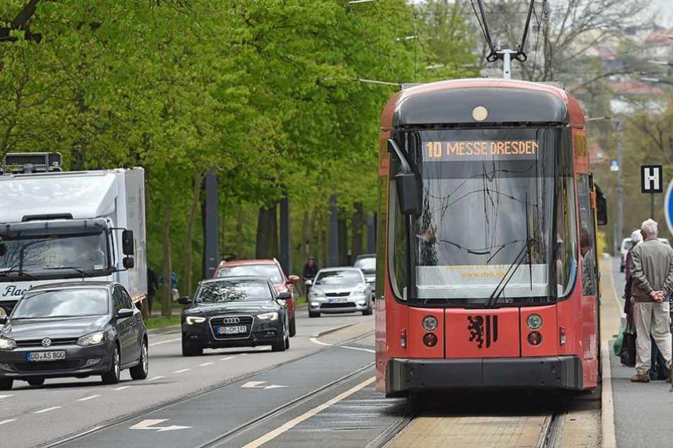 Junger Mann onaniert in Dresdner Straßenbahn
