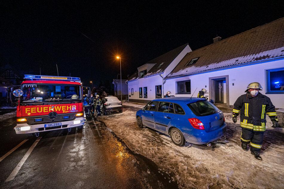 Die Feuerwehr war rund zwei Stunden lang mit Löscharbeiten beschäftigt.